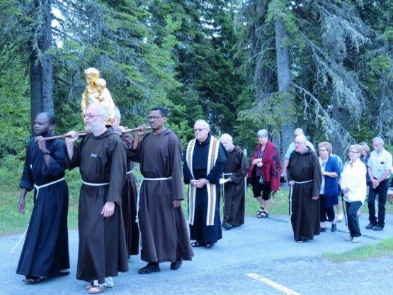 Pèlerinage des reliques au Canada